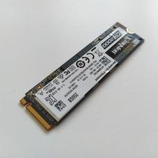 Disco Kingston KC2000 250GB SSD M.2 NVMe PCIe